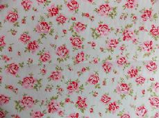 ROSE FLORAL100% COTTON FABRIC SHABBY CHIC VINTAGE RETRO PER METRE PALE MINT NO4